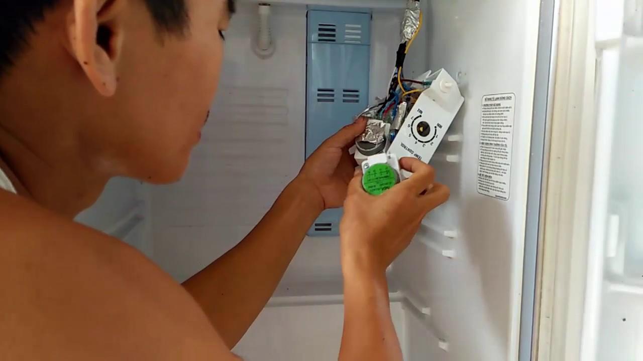 sửa  chữa tủ lạnh SANYO điện không vào