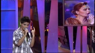 Abraham Mateo (12 años) canta a duo con Rocío Dúrcal - Menuda Noche