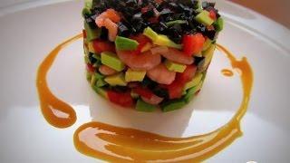 Салат с авокадо под горчично медовым соусом. Пошаговый рецепт