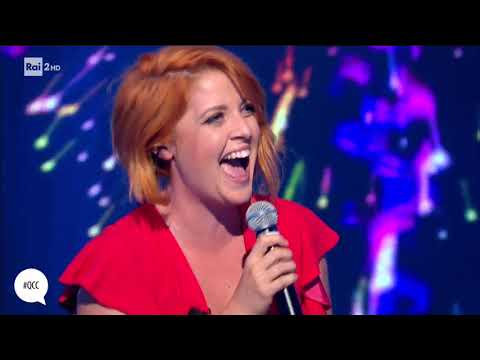 Noemi canta