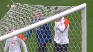 Oranje huilt uit op training   WK Voetbal 2014