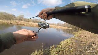 Как поймать щуку на спиннинг в апреле Твичинг воблерами на малой реке ВЕСЕННЯЯ РЫБАЛКА НА ЩУКУ