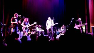 Two Of A Perfect Trio - Thela Hun Ginjeet (KC Set) - Old Town School Chicago October 2011 [HD]