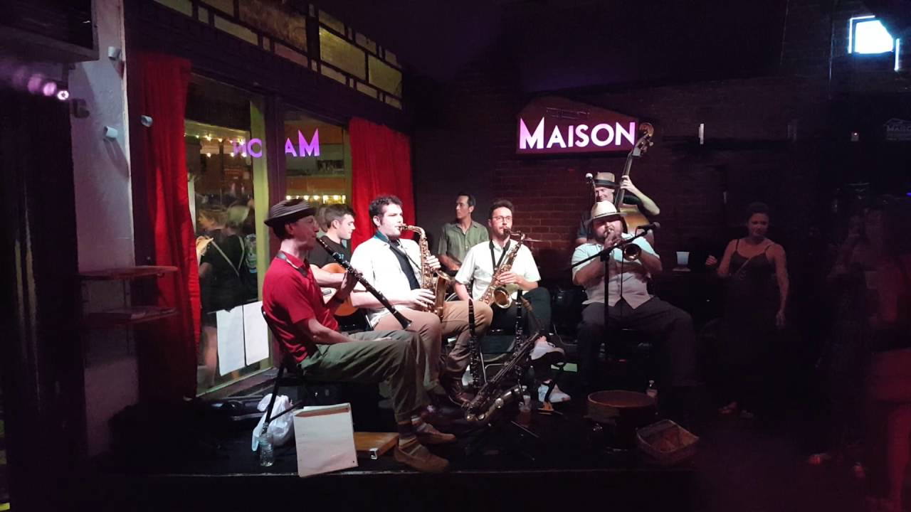 Smoking time jazz club at maison frenchmen street in new orleans