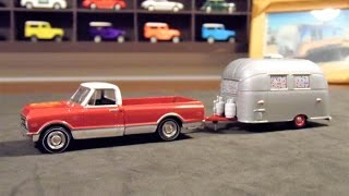 vuclip Unboxing e análise da miniatura da Chevrolet C10 com trailer Airstream da Greenlight Hitch & Tow