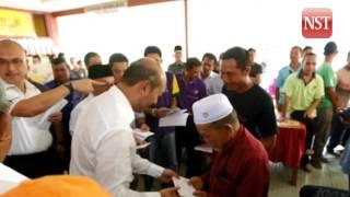 Kedah MB visits tornado victim