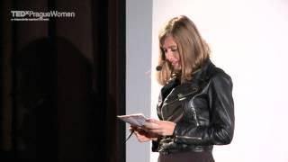 Cesta ke štěstí vede přes návrat ke snům z dětství: Emma Smetana at TEDxPragueWomen 2013