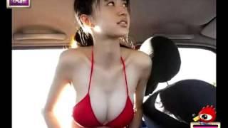 """日本女星爆乳""""汽車妹""""逢澤莉娜性感視頻曝光"""