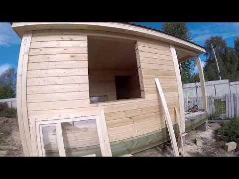 Строительство бани 5х5  из бруса под ключ  по проекту с вальмовой крышей
