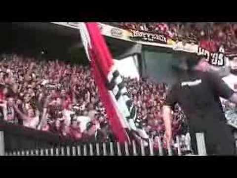 Frankfurt supporters making the concrete arena bouncin'!!
