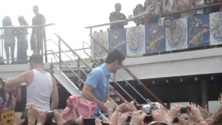 NKOTB Cruise 2011 - Sail Away Party - Joe & Jordan