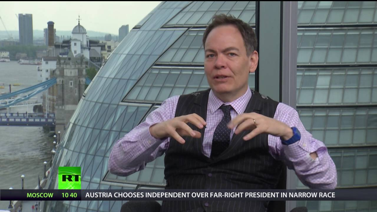 Keiser Report: Bill Clinton's 'Economic Miracle' (E918)