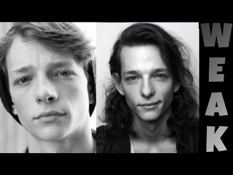 6 minutes of Mike Faist being cute