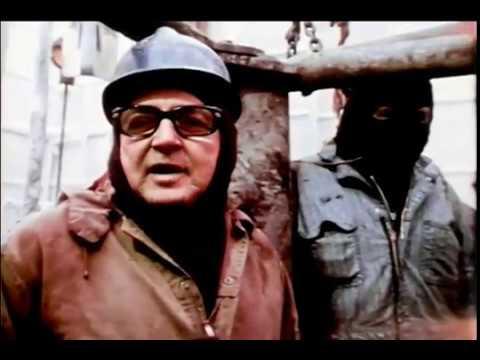 1977 - Waylon Jennings Sings For Oil Drillers