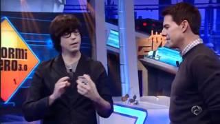 EL HORMIGUERO - Tom Cruise impresionado con la magia de Luis Piedrahita - ANTENA3.COM