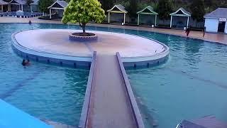 Kolam renang kuala mega