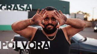 """Escucha """"Pólvora"""", de Xexu García, incluida en la Banda Sonora de Grasa. Descubre todas las canciones de la serie en la playlist completa en ..."""