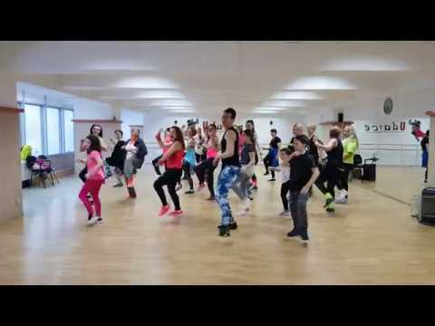 Zumba Fitness Party In Transilvania Youtube