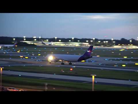 Tampa Airport Spotting Action in HD