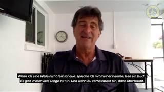 Bernd fisa hat mario kempes in amerika angerufen und ihm ein paar aktuelle fragen zur situation gestellt.