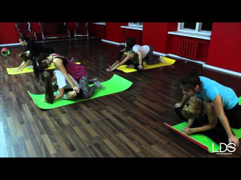 Stretching   Los Angeles Dance School