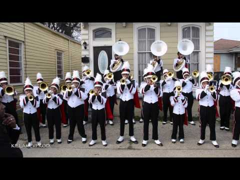 Shaw High School Marching Band - I Got 5 On It @ 2015 Bacchus Parade