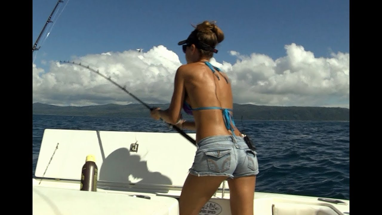 fishing-for-dolphin-in-costa-rica