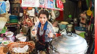 The ULTIMATE CHINATOWN BANGKOK Food Experience   YAOWARAT Food Tour in Bangkok, Thailand