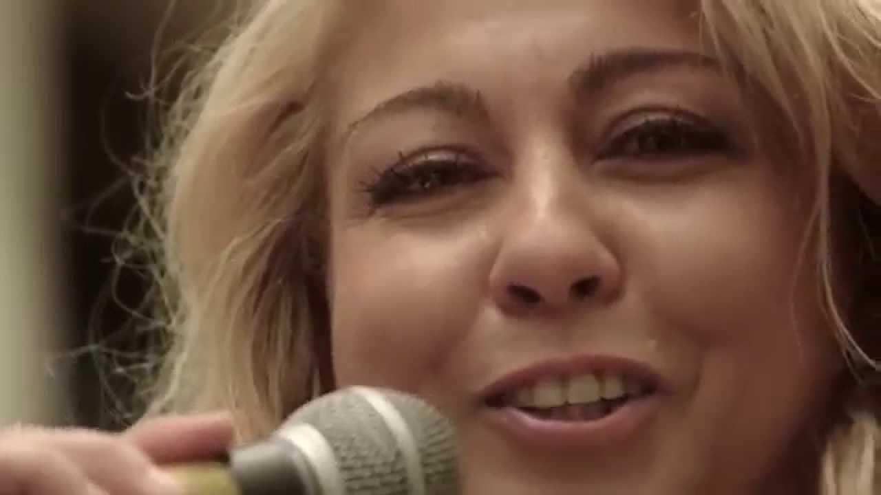 Download Jenny Mackay interprte Big Spender   YouTube
