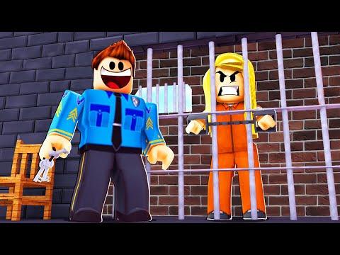 UNDERCOVER COP PRISON BREAK MISSION! (Roblox)