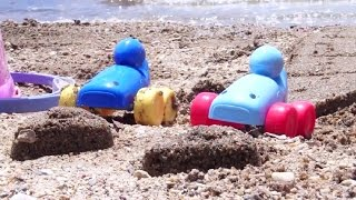 Машинки на пляже. Мультфильмы про машинки. Игры для детей(Развивающее видео о приключениях двух веселых машинок! Наши машинки снова отправились на пляж, греться..., 2015-05-20T14:33:14.000Z)