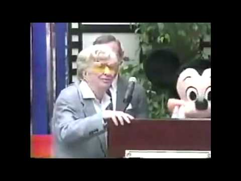 Sterling Holloway Honored As A Disney Legend! (1991)