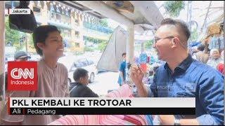 Bisakah Pejalan Kaki Berbagi Lapak dengan PKL di Trotoar?