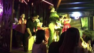 TÌNH YÊU MÀU NẮNG   ĐOÀN THÚY TRANG, BIGDADDY   ẢO BAND ft. HANNAH LEE COVER (DEEBASE BEER CLUB)