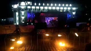 Файер-шоу на площади Советов