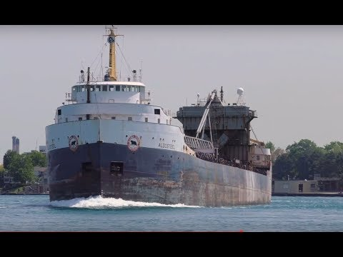 Big Great Lakes Boats at Port Huron with salutes!