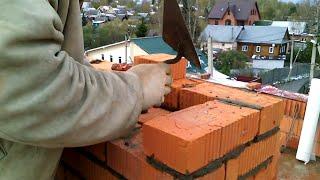 КЛАДКА СТЕН ИЗ КИРПИЧА(Чем отличается кладка стен из керамического кирпича от кладки из силикатного кирпича. Системы перевязки..., 2016-05-20T08:57:09.000Z)