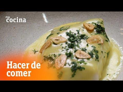Cómo hacer Bacalao al pil pil - Hacer de comer | RTVE Cocina