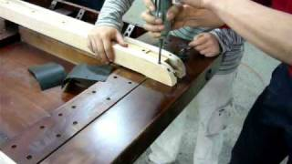 20090402 Gh Benchwright Dining Table How To Change The Wood Slides Part 2