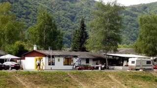 Senheim an der Mosel mit Camping und Hafen