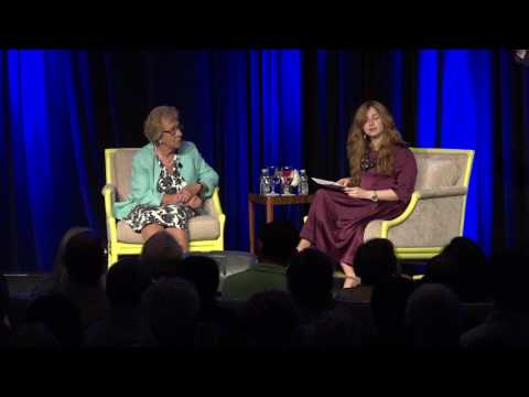 Eva Schloss - Anne Frank's Stepsister visits the Chabad Caym