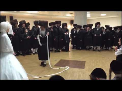 Tosher Rebbe Dancing Mitzvah Tantz @ Wedding
