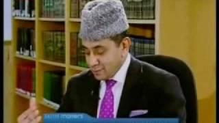 Why don't Ahmadis debate