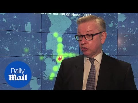 Gove wants 'to halve number of areas with unsafe  pollution' - Daily Mail
