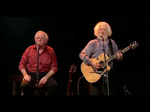 Molly Malone - The Dubliners (40 Years - Live From The Gaiety)