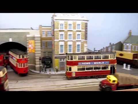 Riding the London trams in 1/76 scale