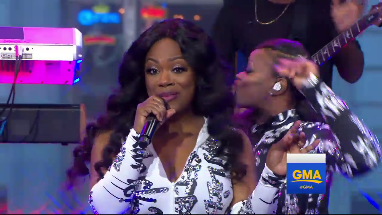 Good Morning America Watch Live : Xscape reunion performs just kickin it live on good