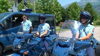 AMATEURS DE VITESSE VS POLICE : LA GUERRE DES RADARS