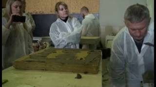 Приклейка базальтовой минераловатной плиты грунтование её перед базовым армирующим слоем