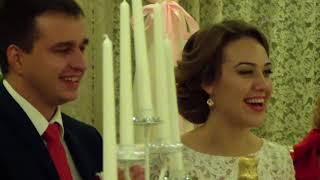 HDV 0714  Настя поет своему крестному и его невесте на их свадьбе.